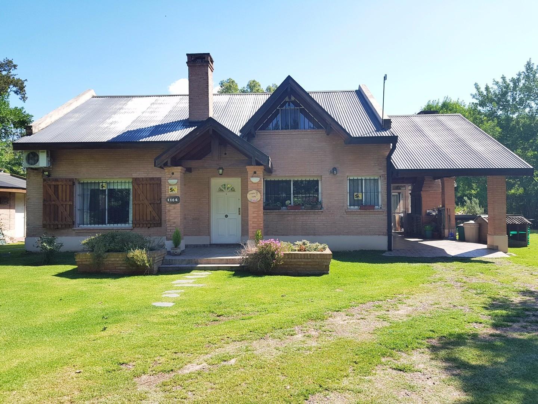 Excelente Casa en Loma Verde