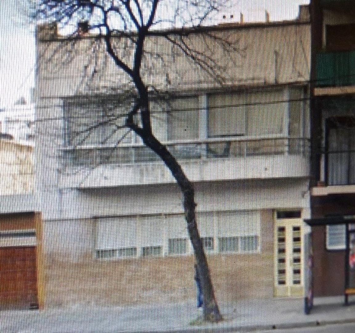 Av La Plata 520