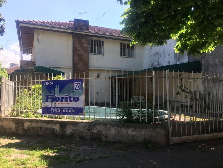 Casa en Alquiler en Martinez Fleming / Panamericana - 5 ambientes