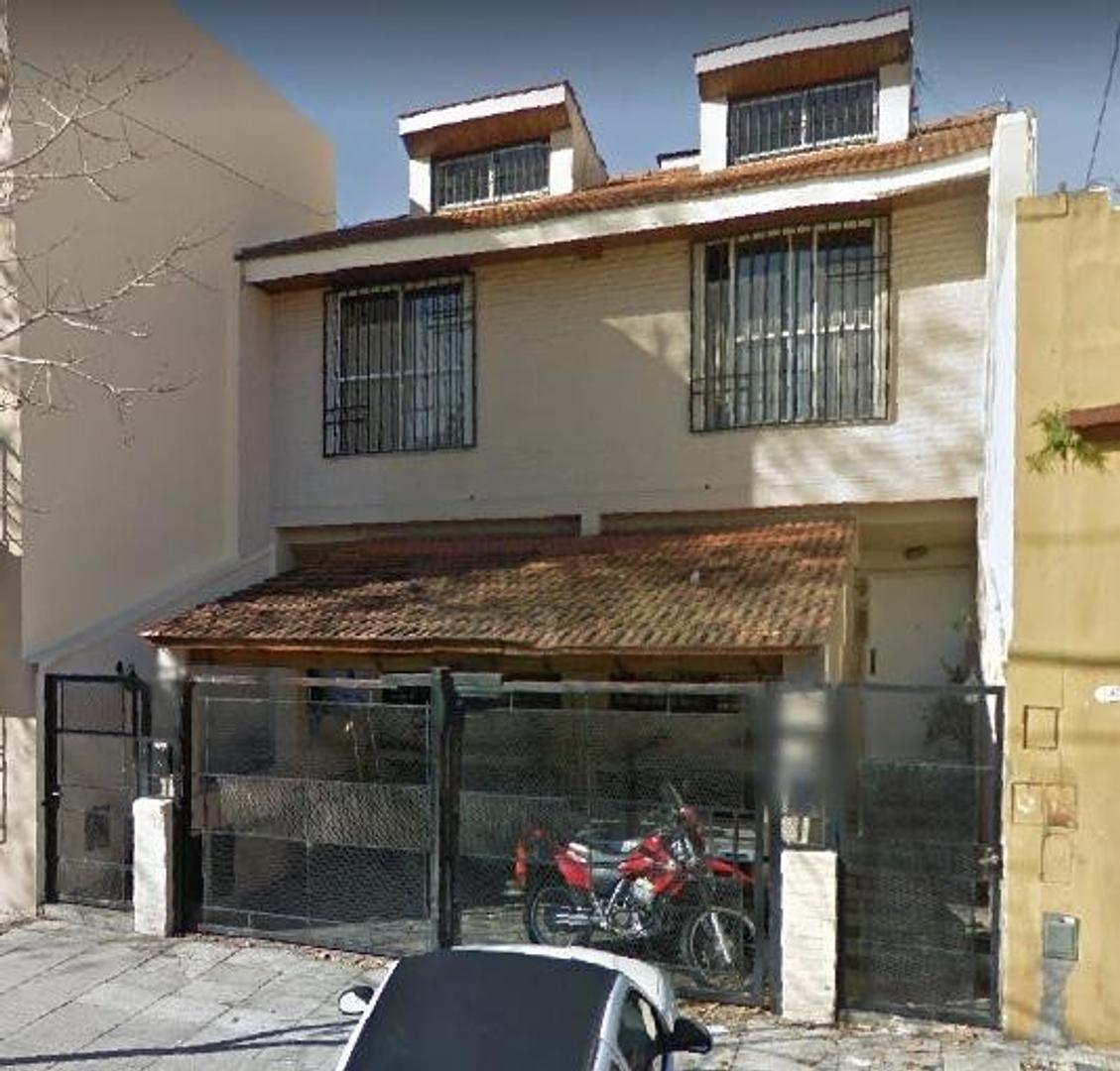 Casa en Venta en Villa Urquiza - 12 ambientes