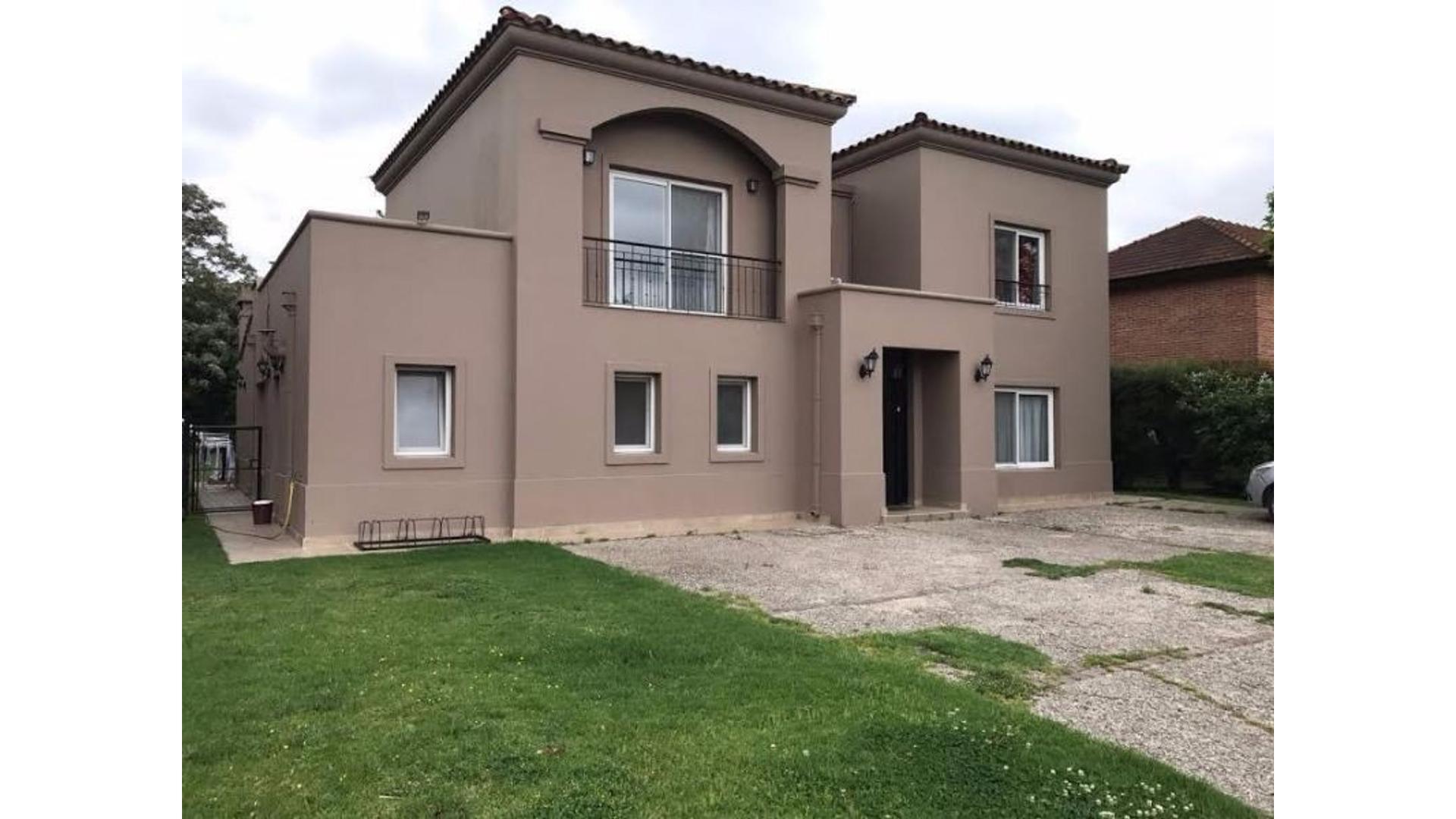 Excelente Casa en Venta en La Tranquera-Pilar