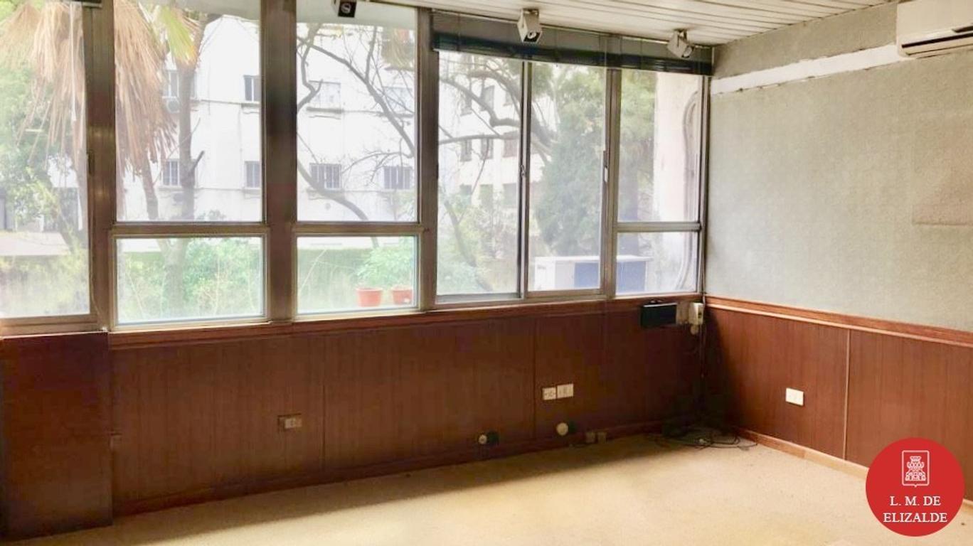 100 m2 - Oficina * Luminosa, vista a pulmon verde - Tucuman y Reconquista