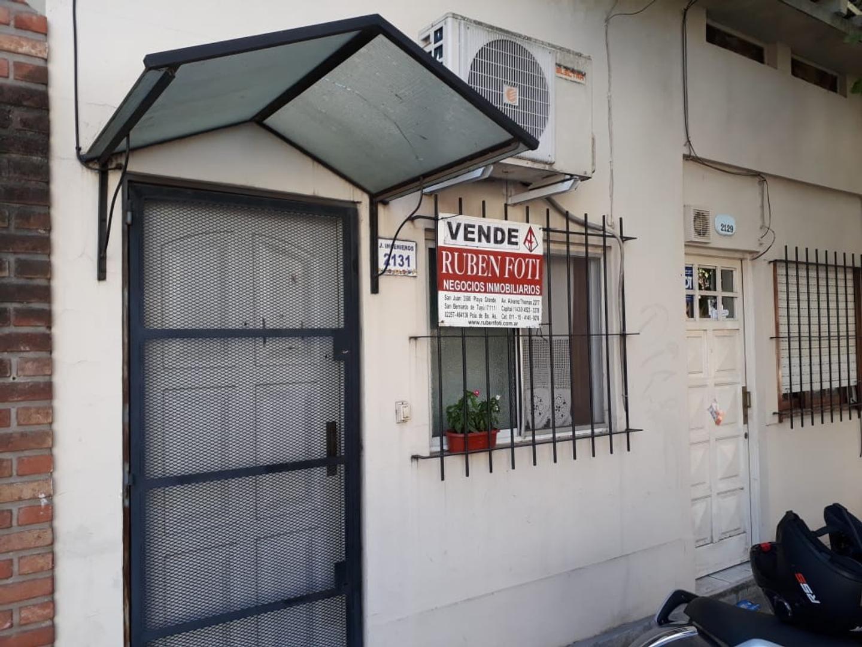 Venta Ph 1 Amb Al Frente Entrada Independiente  En Olivos