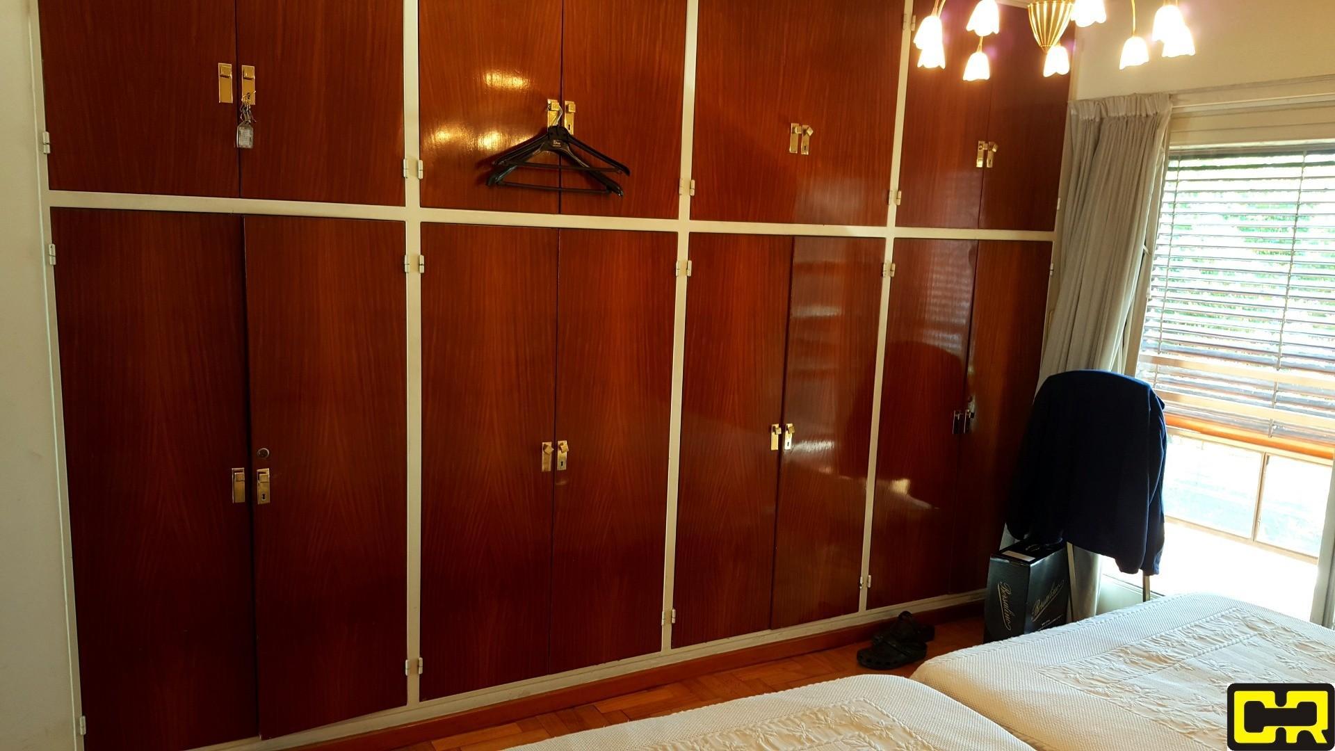 Magnifico semipiso de 4 ambientes con dependencia y cochera fija cubierta - Foto 24