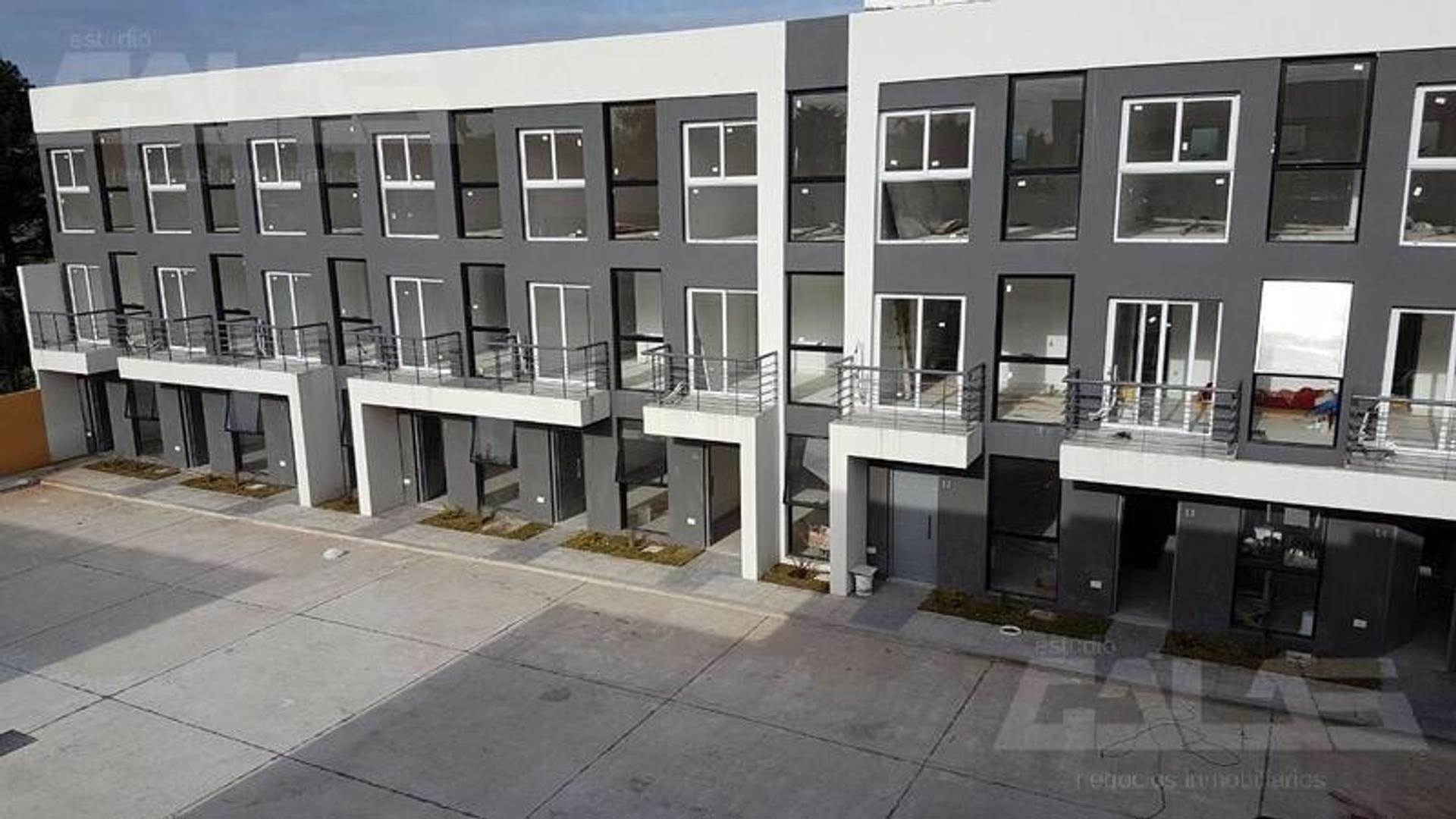 Duplex a estrenar 3 ambientes