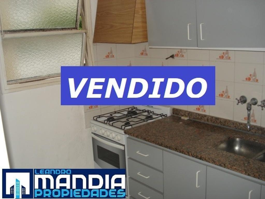 VENDIDO!! 2 Ambientes | Cocina Independiente | EXCELENTE UBICACIÓN!!