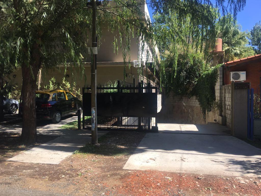 Departamento en venta en La Esmeralda Pilar