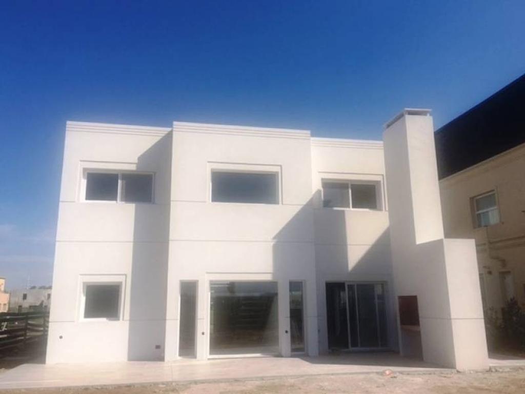 TIPAS | NORDELTA - Muy linda casa en venta a estrenar