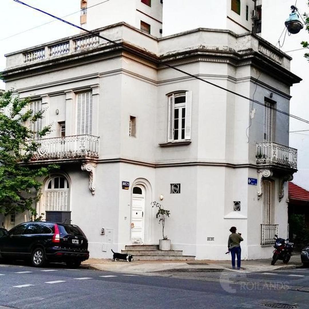 Casa en venta o alquiler comercial (no vivienda) 7 ambientes en Nuñez