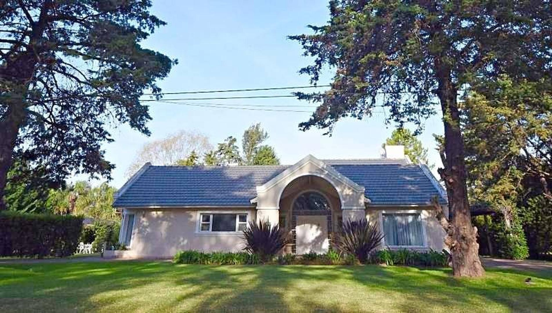 Casa en venta Country San Diego. Impecable