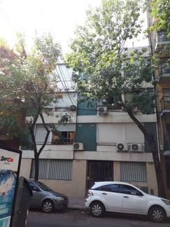 (Belgrano)Moldes 1900-45m²-3amb-Muy luminoso-3*P por escalera