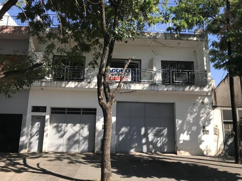 VENTA -Departamento 2 ambientes con amplia terraza - APTO CRÉDITO BANCARIO - BERNAL OESTE