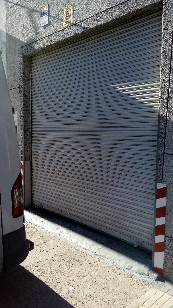 MUY  BUEN GALPÓN T/ DEPOSITO CON VIVIENDA Y/O AMPLIA OFICINA