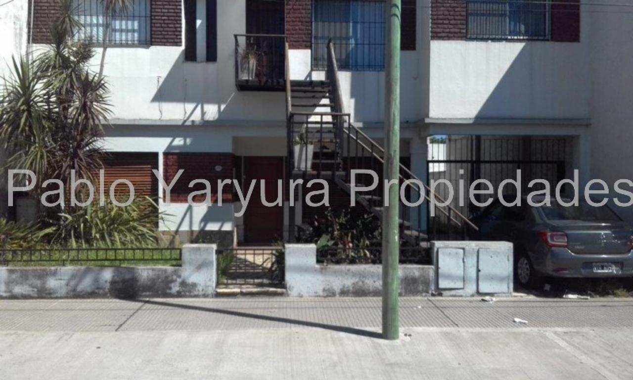 XINTEL(YAR-YAR-14262) Departamento Tipo Casa - Venta - Argentina, Tres de Febrero - HORNOS, GENER...