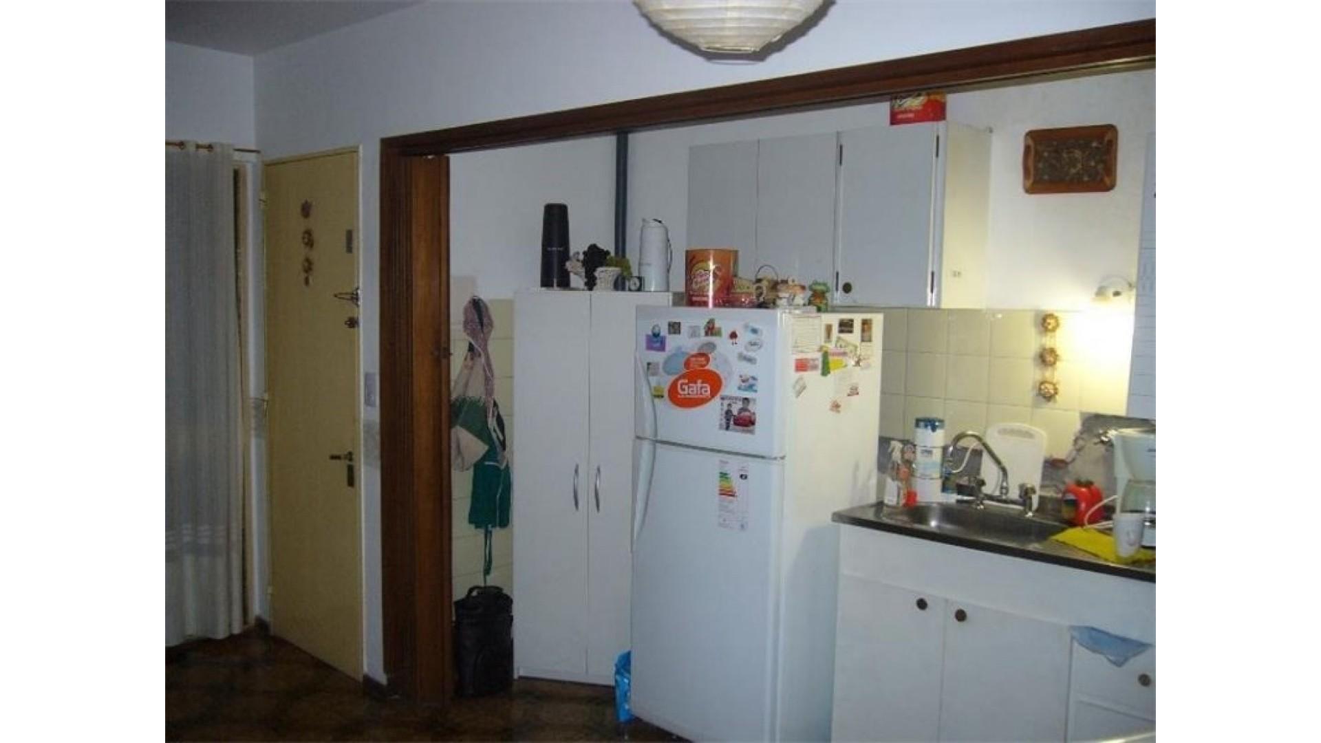 Departamento  de un dormitorio Ovidio lagos 1200 , cercanías