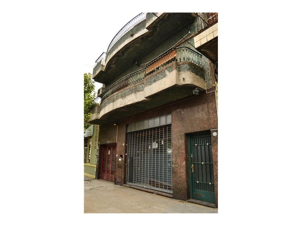 Casa +galpon+local  5 amb con terraza lote 40x8.66