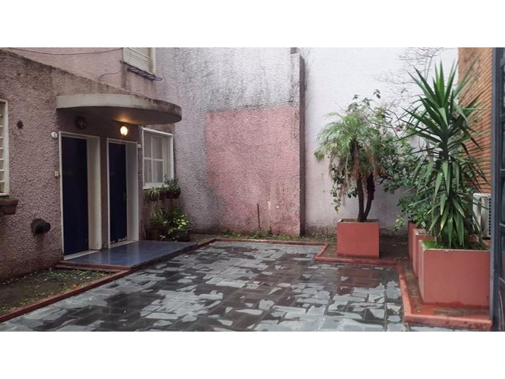 Departamento de 2 ambientes-Barrio Flores
