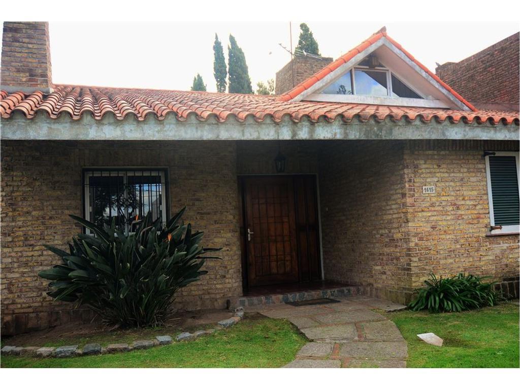 Venta casa de 4 dormitorios en Punta Gorda