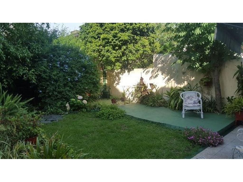 Casa en venta en pastor luna 8000 villa bosch for Jardin hormiguita viajera villa bosch