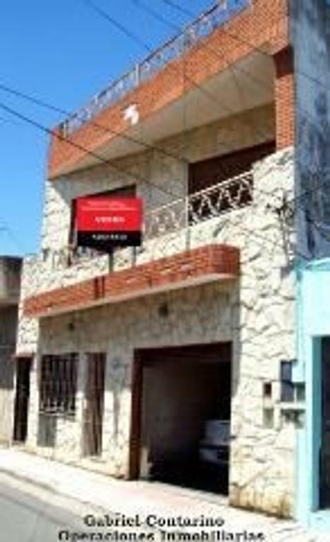 Departamento tipo casa en Venta en Buenos Aires, Pdo. de Lanus, Lanus