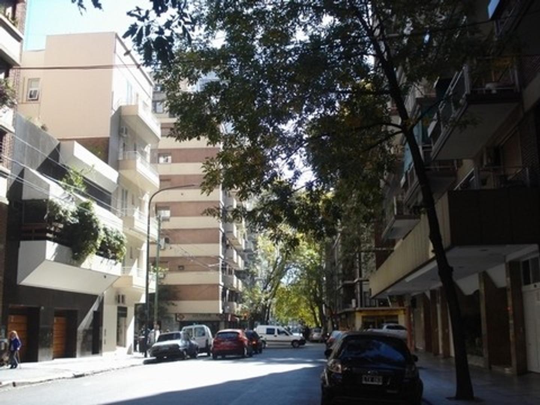 San Jose De Calasanz  al 100 Departamento de tres Ambientes contra frente muy luminoso 2° piso