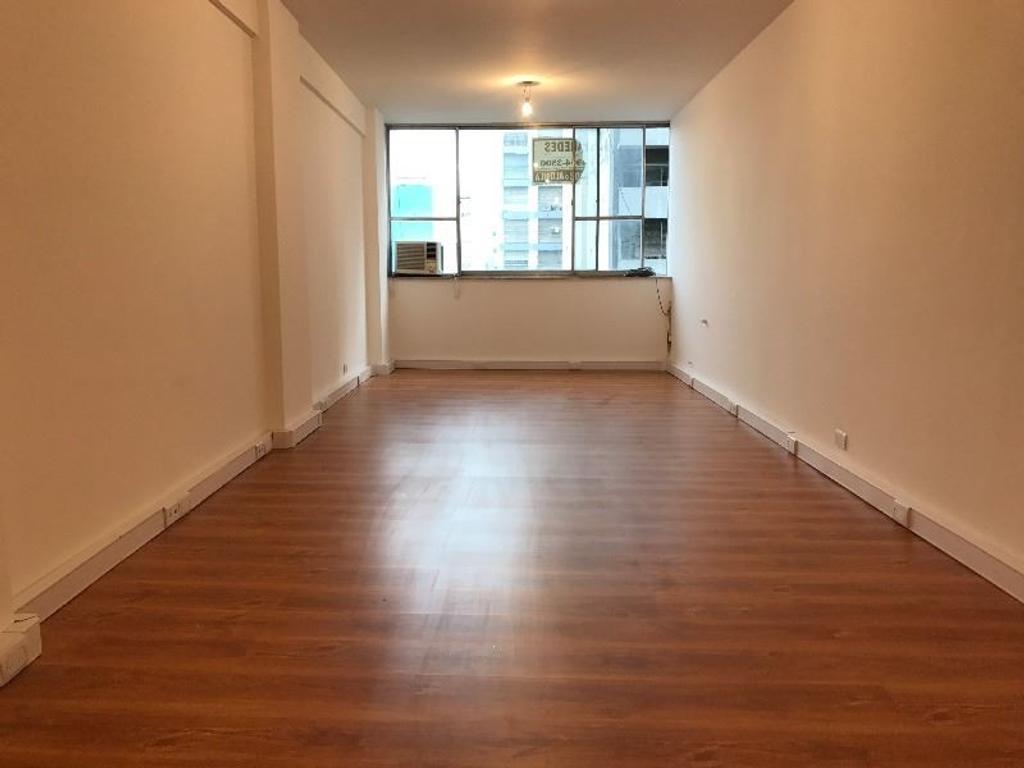 Vendo oficina de 30 m2 en Corrientes y Pueyrredon reciclada a nuevo U$S 47.000-APTA CREDITO