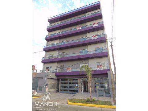 Excelente departamento 3 Ambientes con 2 cocheras - Edificio con Piscina y Parrilla