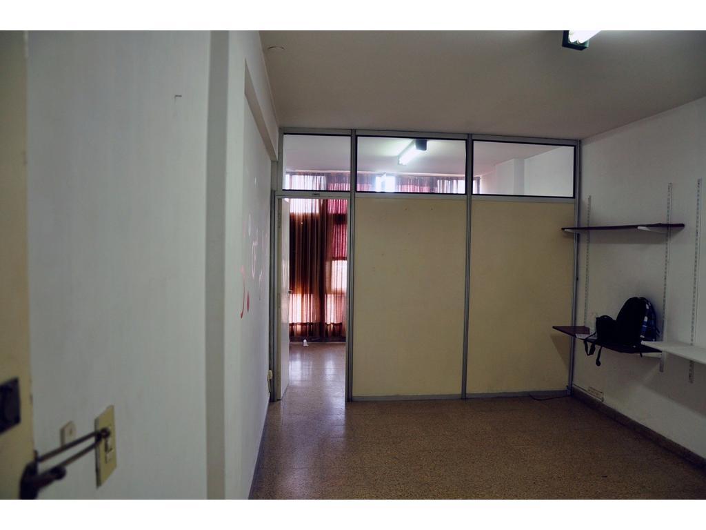 Oficina en venta en la rioja 33 centro argenprop for Oficina empleo la rioja