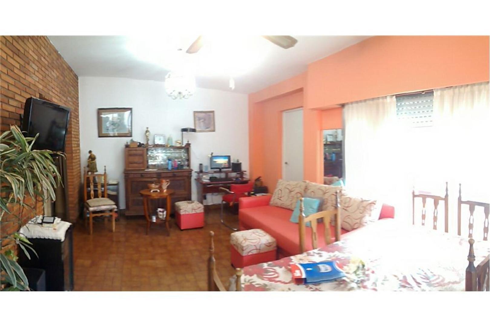 Soberbia Casa 5 Amb en Haedo, Lote de 374 M2!