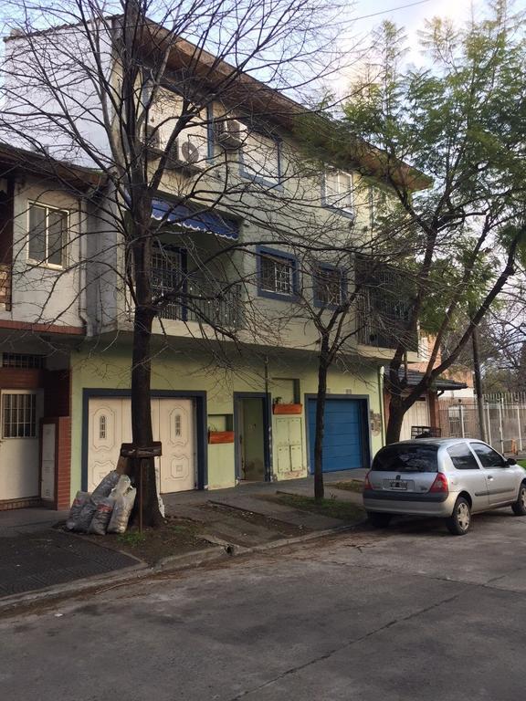 DPTO tipo duplex en zona residencial de Martin Coronado