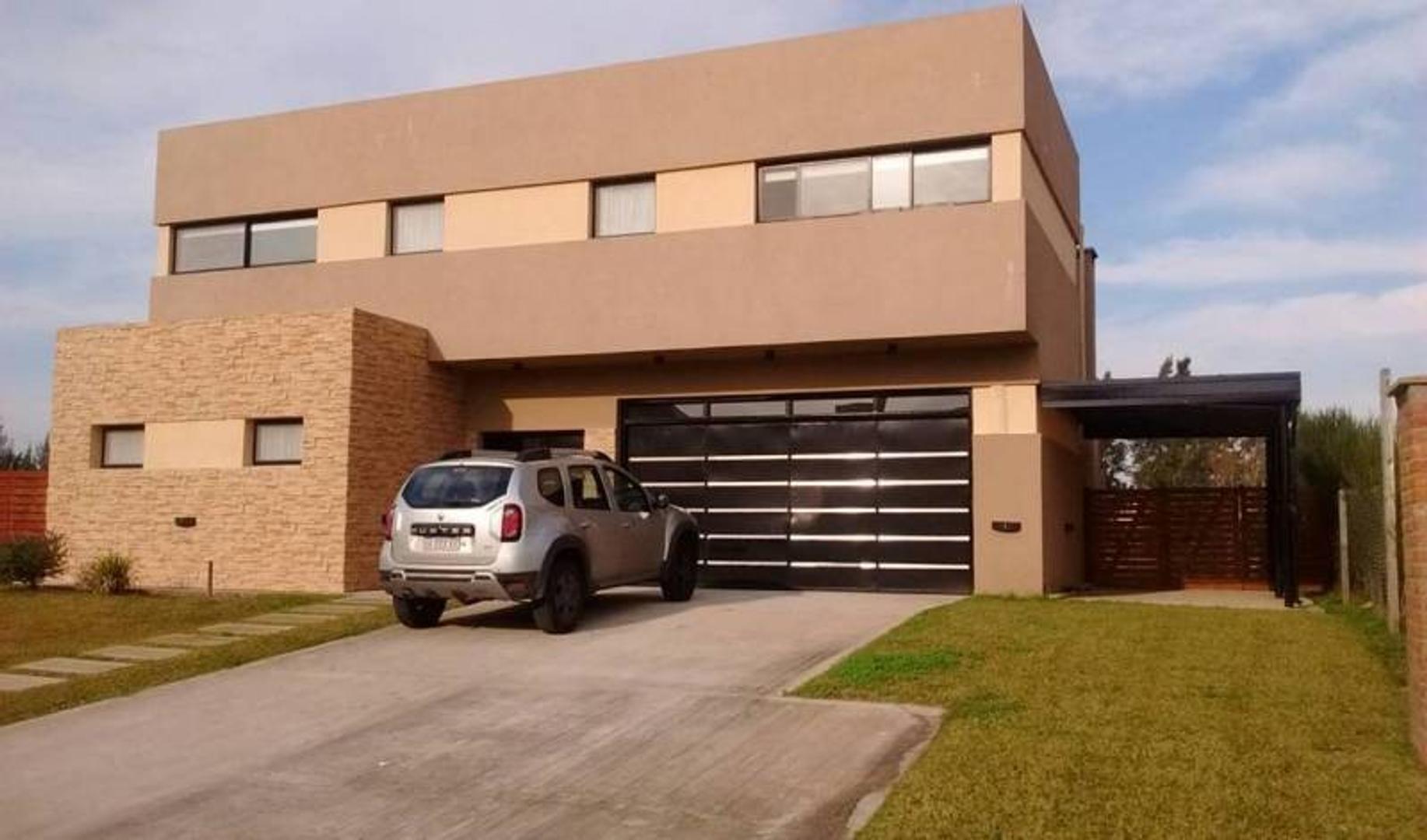 Casa en Venta al Rio en San Benito Villa Nueva Tigre