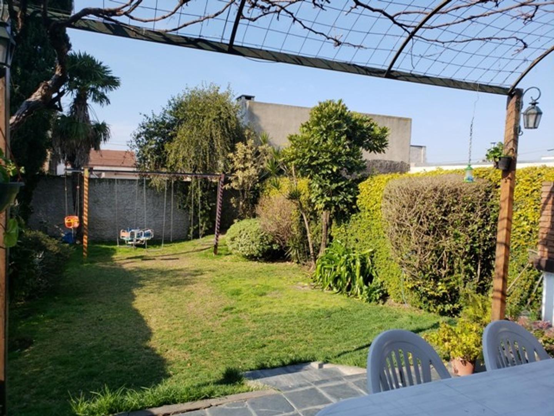 Villa Adelina Hermoso Chalet en venta  - Foto 27