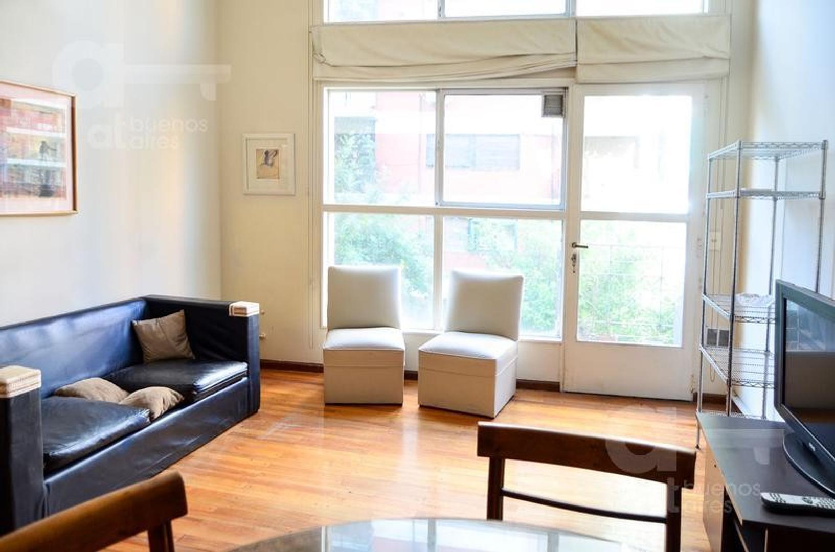Palermo. Duplex 2 ambientes con balcón. Alquiler temporario sin garantías.