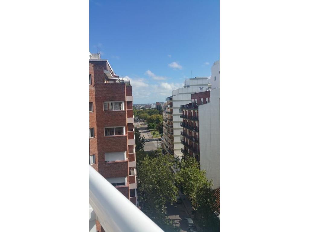 z/Plaza Mitre- 2 amb - semipiso- 8º piso - posesion inmediata