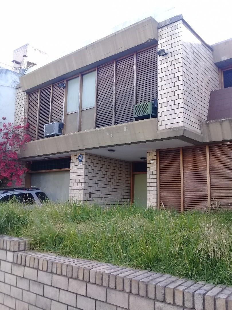 EXCELENTE CASA EN FLORESTA