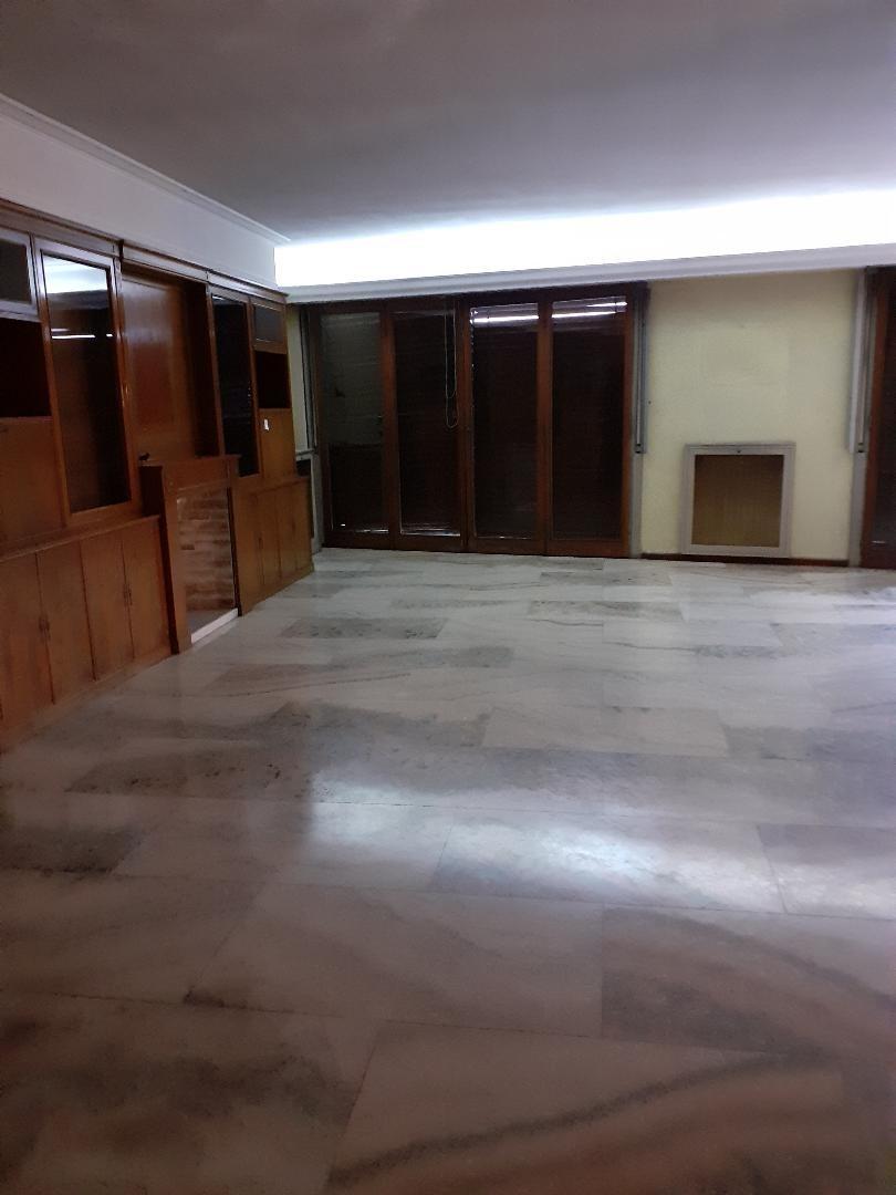 Departamento - 240 m² | 3 dormitorios | Frente