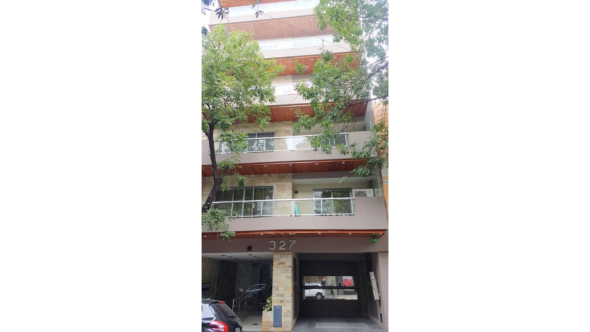 5to PISO 160 m2 c/2 COCHERAS FIJAS, A ESTRENAR, CALEF CENTRAL,  5 EQUIPOS AA SPLIT y SUM y PARRILLA