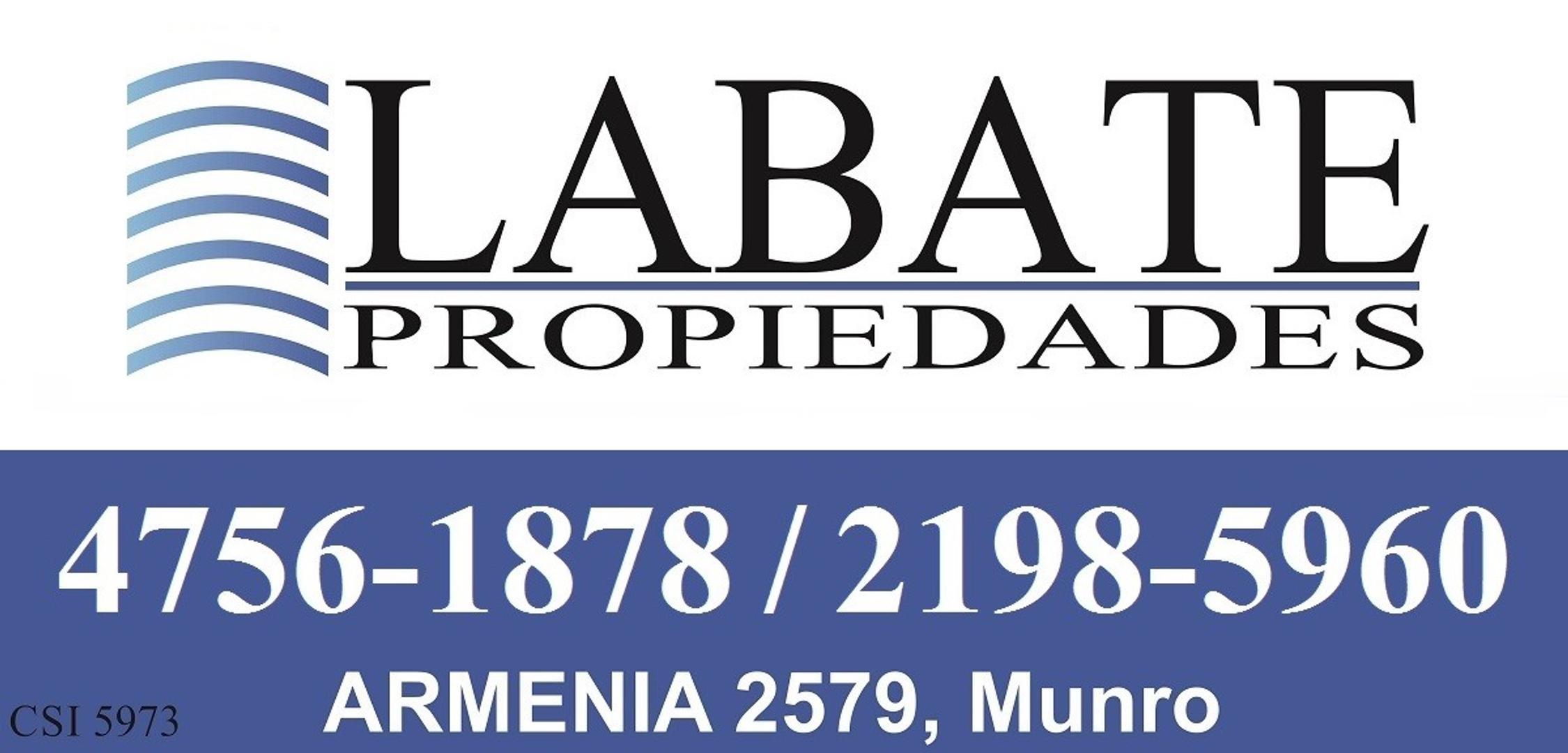 *RESERVADO* Hermoso chalet de 227mts cubiertos sobre lote de 8,66 x 33. A mts. de Alcorta