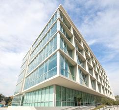 Excelente oficina en venta en el edificio Skyglass 2
