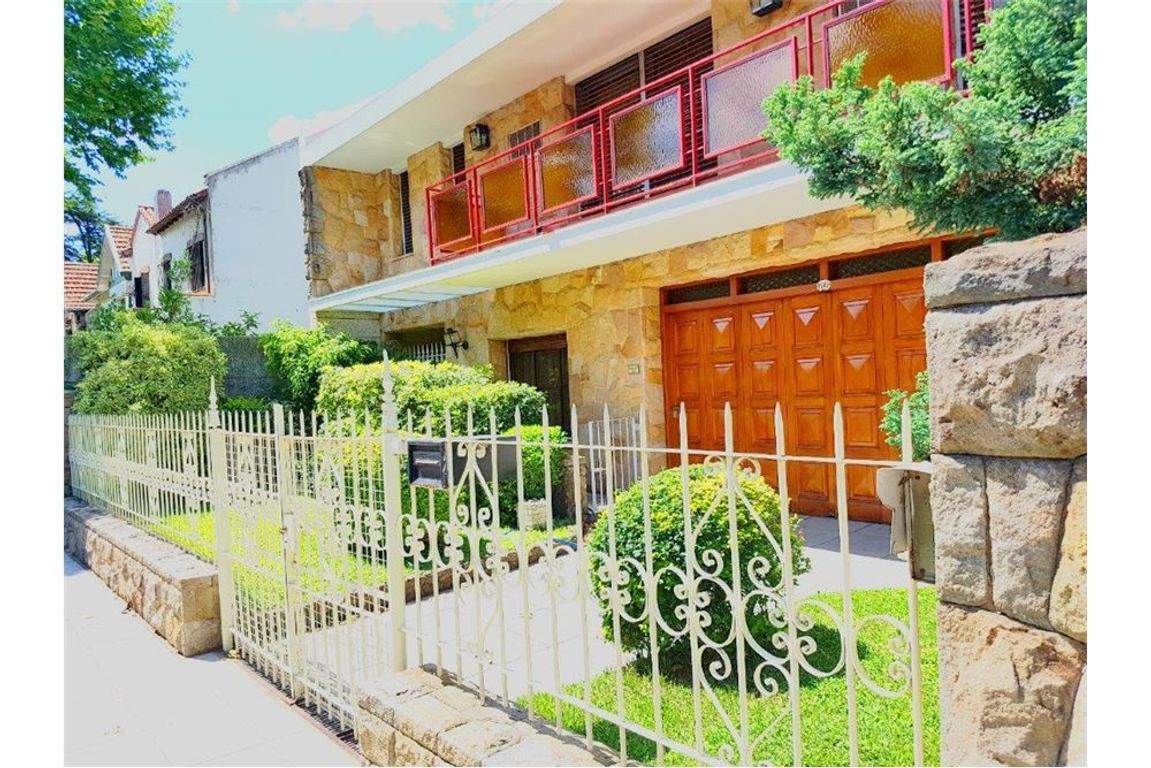 Residencia C/Parque y Piscina S/Lote de 13 x 36