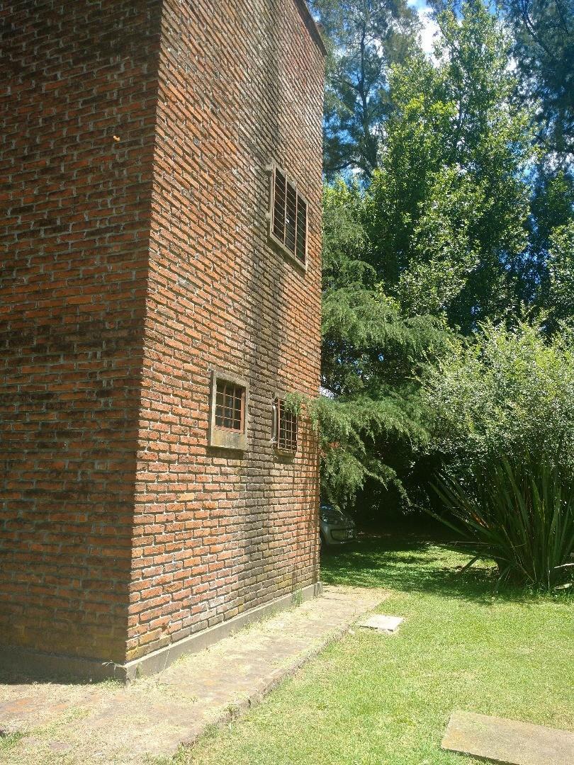 Quinta de 2008 m2, lote esquina, Barrio El Ensueño, Francisco Alvarez