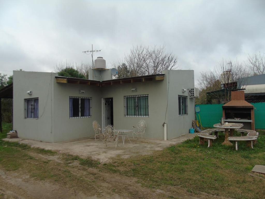 Casa en venta , en Villa Elisa 442 E/  139  Y 140 Dacal Bienes Raices