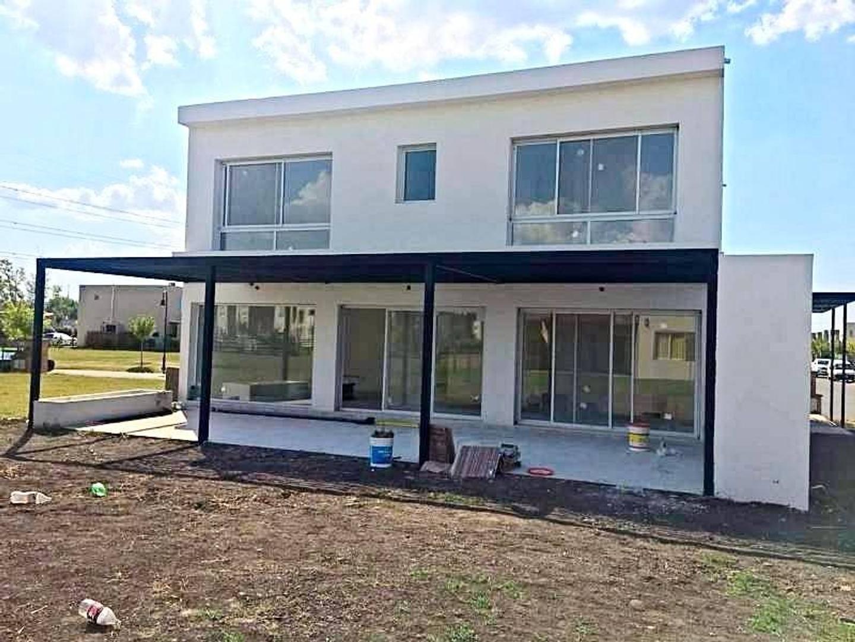 Oportunidad!!Excelente casa en venta en Las Tipas, Nordelta.