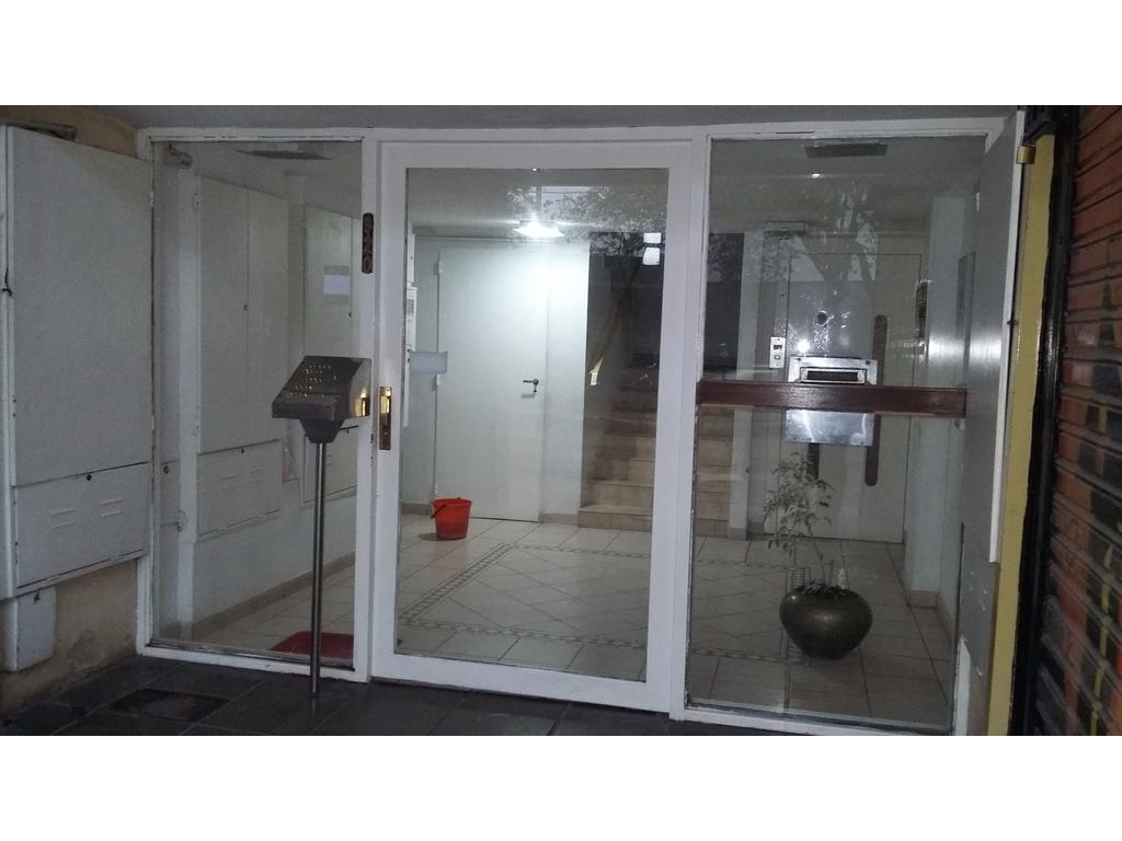 Departamento 3 ambientes céntrico