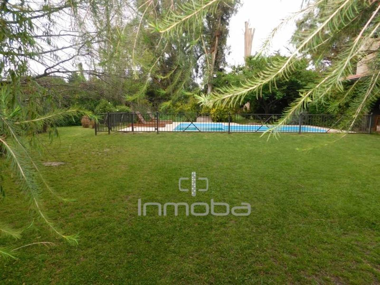 Casa en Pilar Del Lago con 4 habitaciones