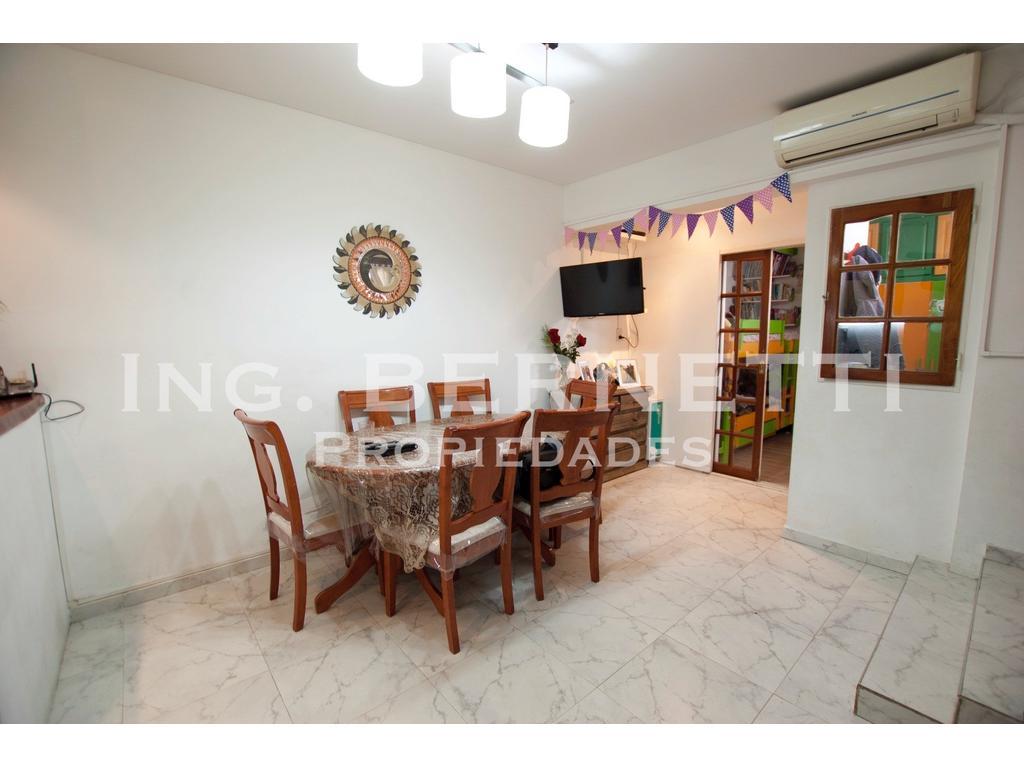 - RESERVADO - Tipo Casa 3 ambientes con Terraza - Excelente !