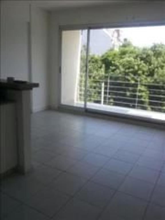 2 excelentes ambientes frente , balcon , vestidor