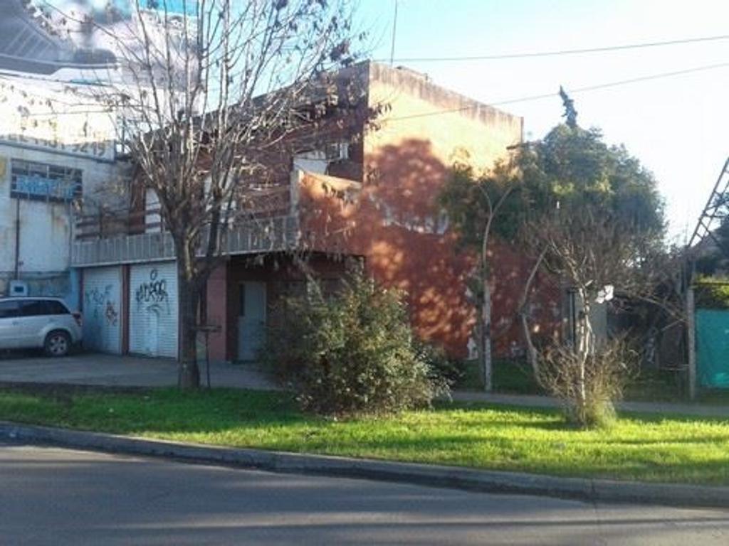 ITUZAINGO- VENTA- COMERCIAL sobre colectora norte- APTA CRÉDITO BANCARIO Cód. 1004- IDEAL OFICINAS