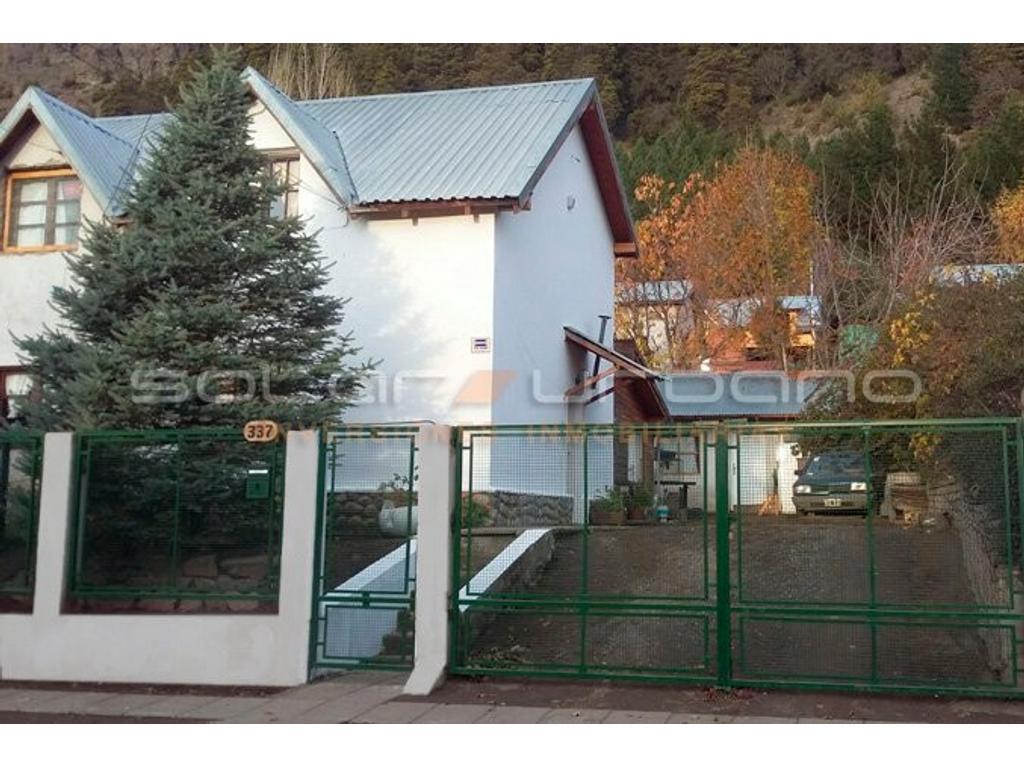 Casa 2 dorm con patio y monoambiente. Los Zorzales- San Mart