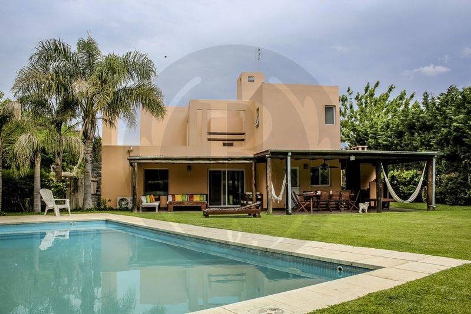 BUSTAMANTE Prop. - Santa Catalina - Casa en Venta